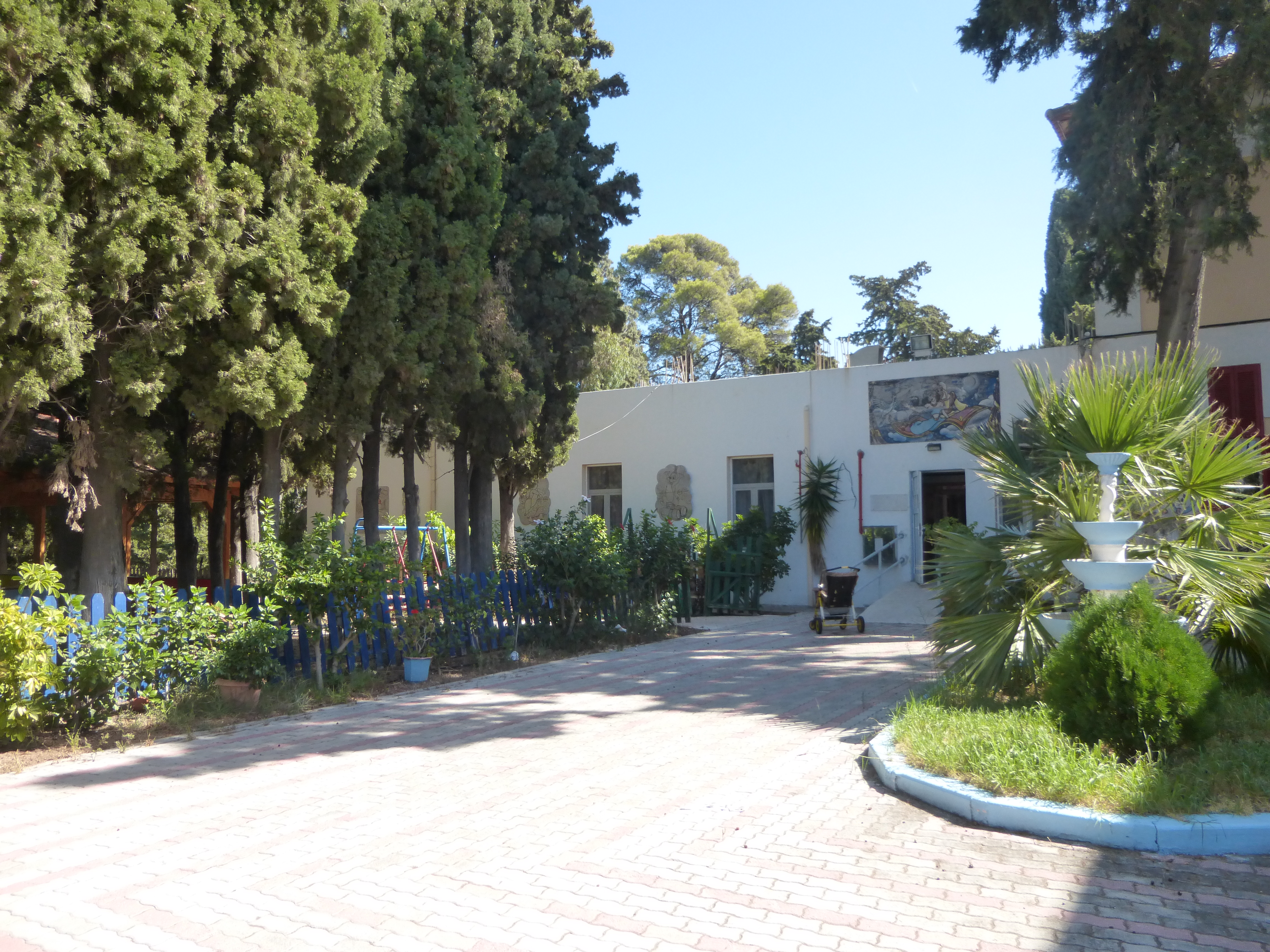 Kinderheim Agios Andreas außen